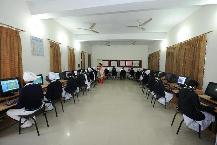 Sri Guru Harkrishan Public School-IT-Lab