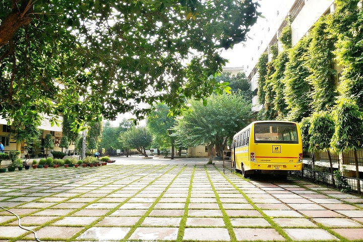 Sri Guru Harkrishan Public School-Transport