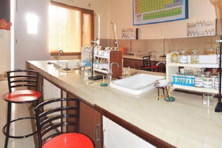 Sri Guru Harkrishan Senior Secondary Public School-Chemistry-Lab