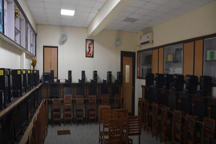 Sri Guru Harkrishan Senior Secondary Public School-Computer-Lab