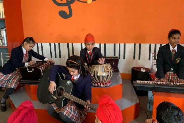 St Farid Public School-Music-Room