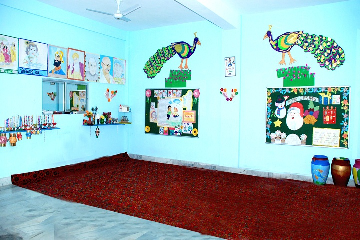 Sts World School-Art Room