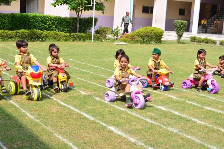 Swami Mohan Dass Model School-Games