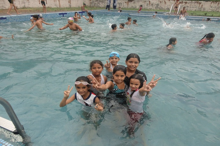 Takshila School-Swimming-pool