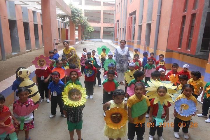 Takshila School-Flowers-Day