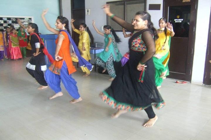 The Helix Oxford Smart School-Dance