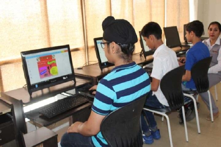 The Nobel School-Computer Lab
