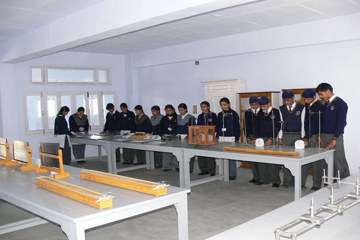 The Pinewood International Senior Secondary School-Physics Lab