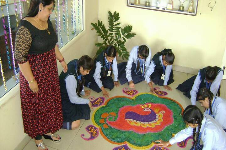 The Royal World International School-Rangoli Competition