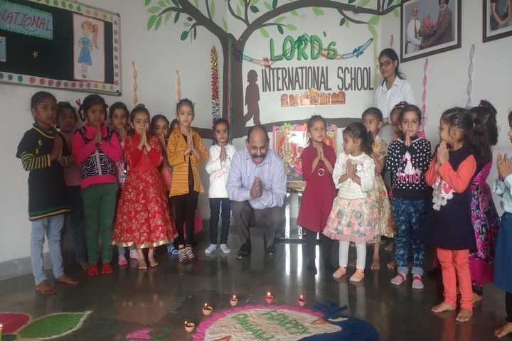 Uma Rana Public School-Diwali Celebrations