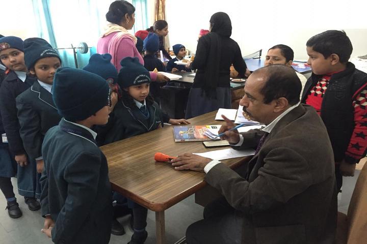 Uma Rana Public School-Medical Camp