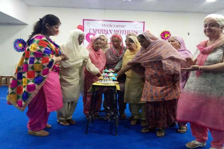Uma Rana Public School-Mothers Day Celebrtions