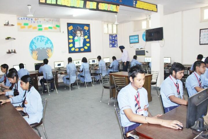 Uspc Jain Public School-Computer Lab