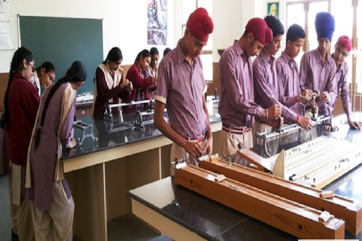 Vivek Public School-Physics-Lab