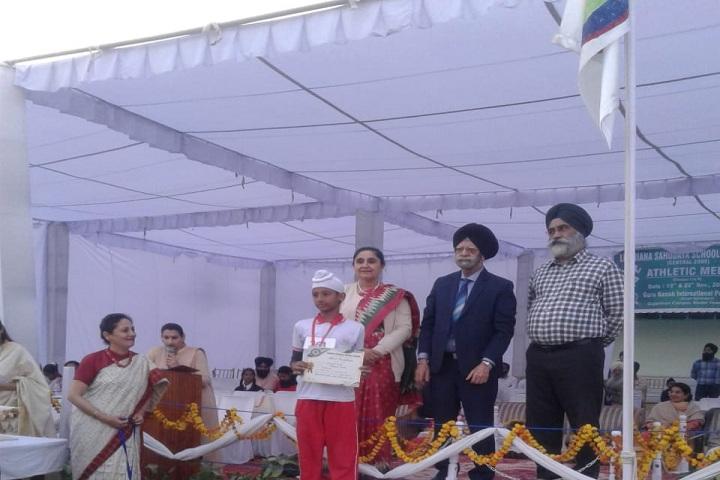 Wahe Guru Public School-Sports day