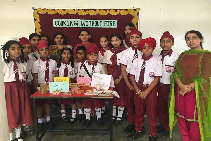 Wahe Guru Public School-Exhibition