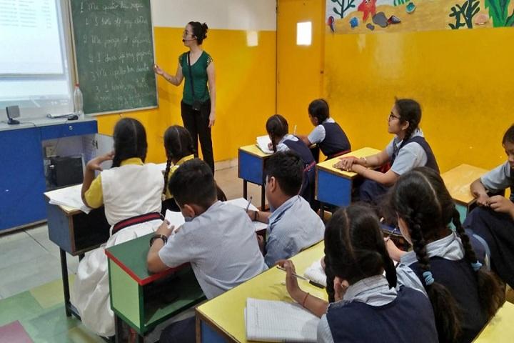 Y S Public School-Classroom