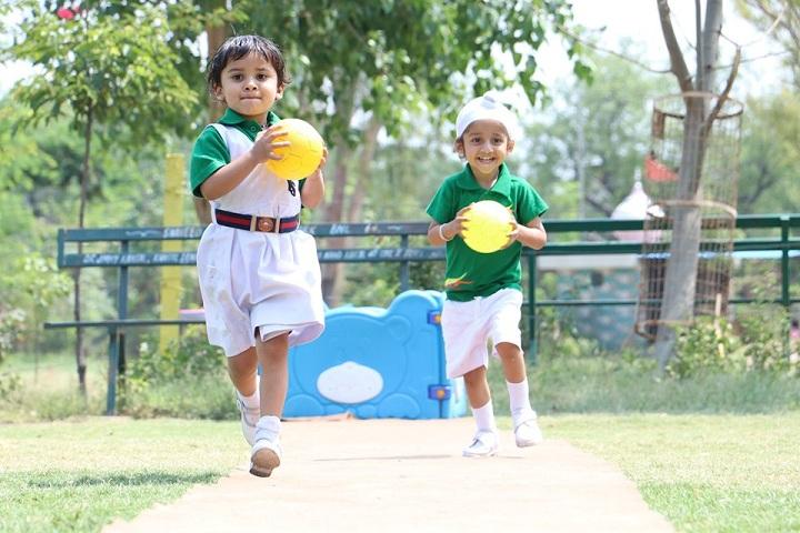 Y S Public School-Sports