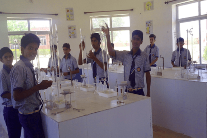 Acharya Nanesh Academy-Chemistry Lab