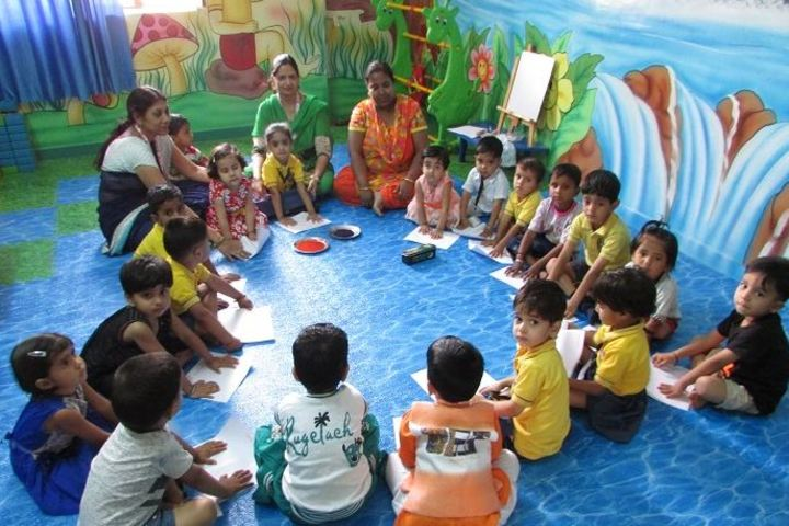 Ajeet Public Senior Secondary School-Hand Printing Activity