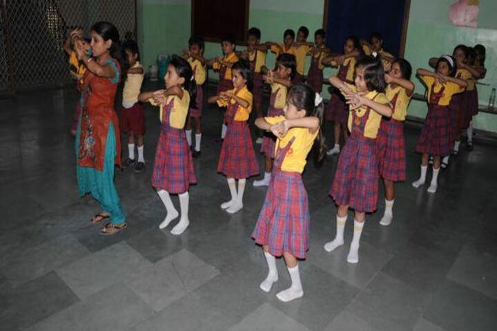 Aklank Public SchoolDance