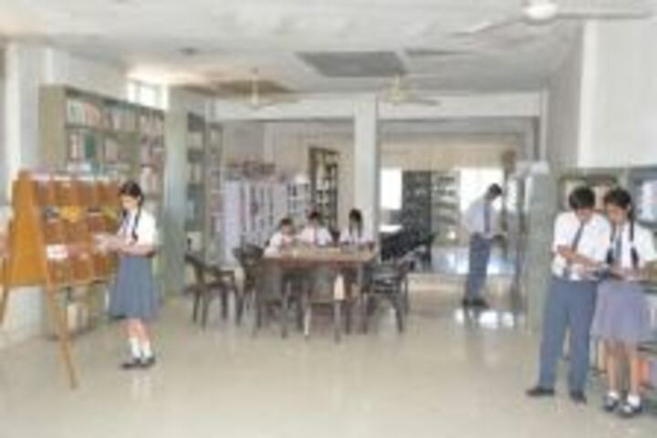 Aklank Public SchoolLibrary