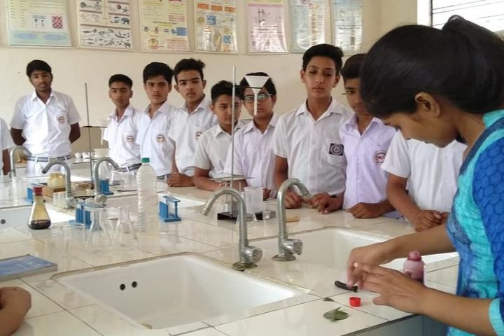 Arihant International School-Lab
