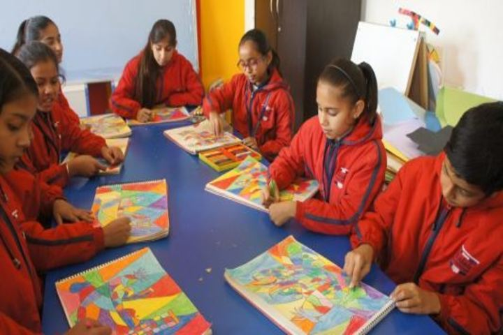 Asian World School-Art and Craft