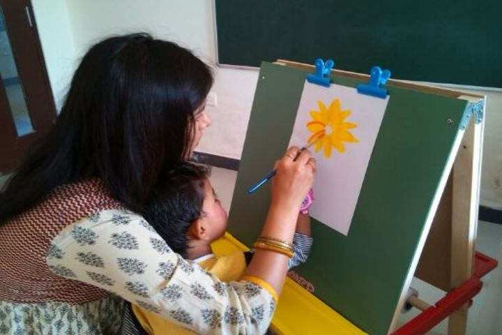 Asian World School-Painting Activity