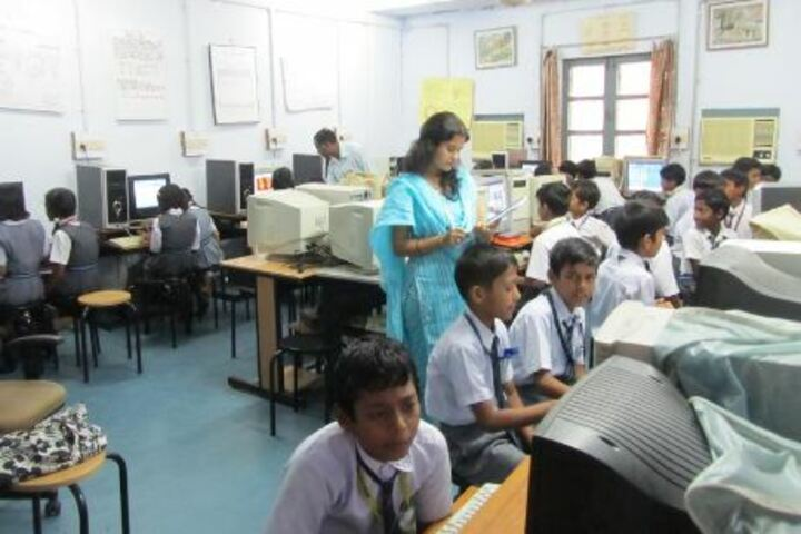 Atomic Energy Central School No 3-Computer Lab