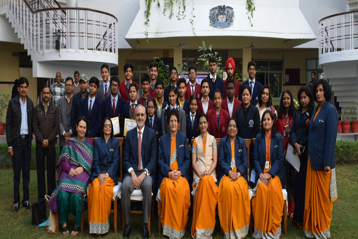 Bakhshis Springdales Senior Secondary School-Group Photo