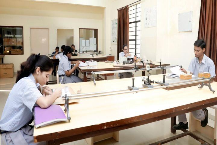 Bansal Public School-Physics Lab