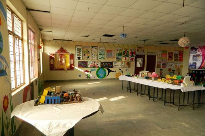 Bhagat Public Senior Secondary School-Art and Craft room