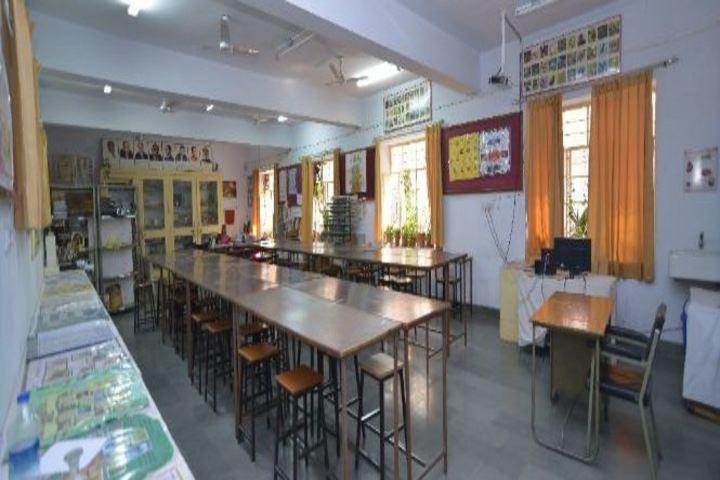"""""""Bhartiya Vidya BhavanS Vidyashram-Lab"""""""