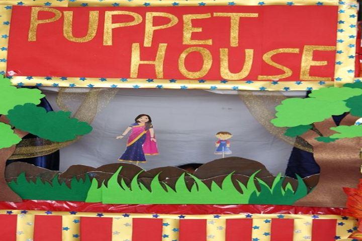 Cambridge Court World School-Puppet Show