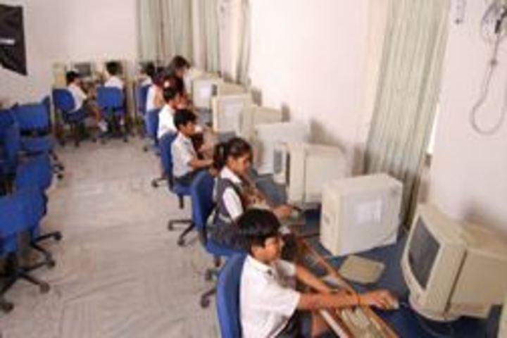 Candlewick Public School-Computer Lab