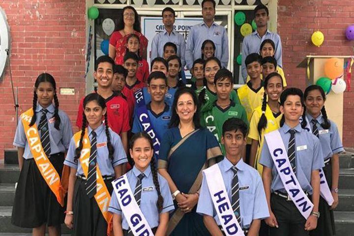Career Point Gurukul-Investiture Ceremony