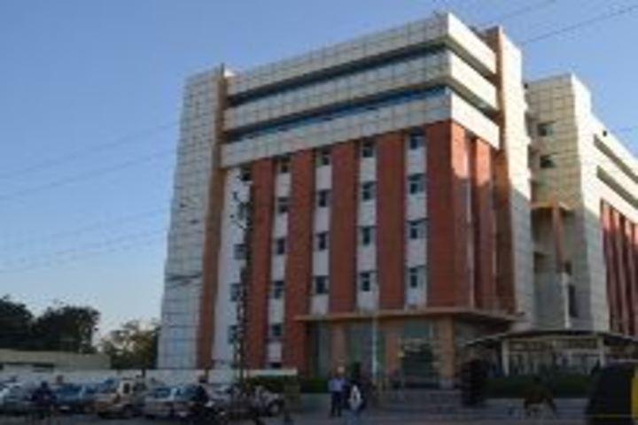 Career Point Gurukul School-Campus