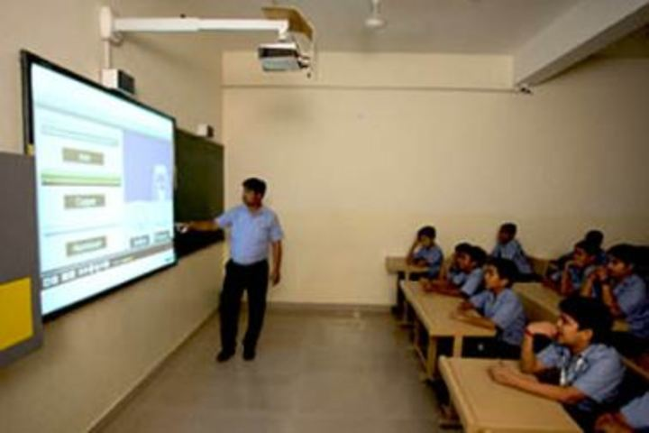 Career Point Gurukul School-Class room