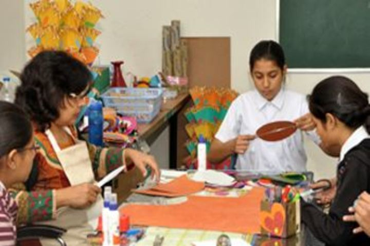 Career Point World School-Art and Craft room