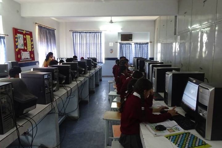 Central Academy-Computer Lab