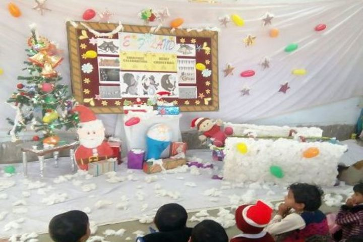Central Academy-2-Christmas Celebrations