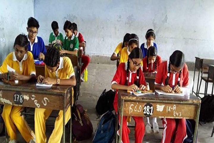 Central Academy-2-Rakhi Making Competetion