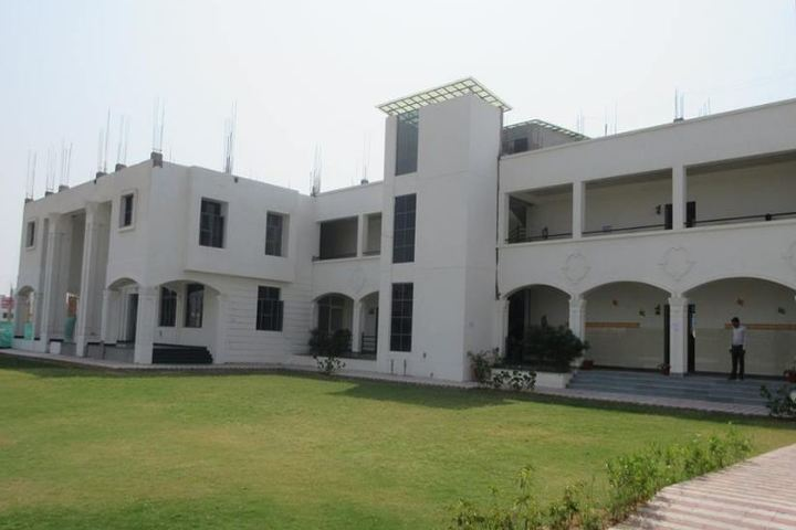 Central Academy Senior Secondary School-Campus
