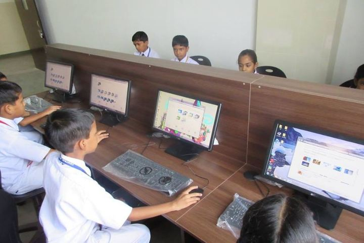 Central Academy Senior Secondary School-Computer Lab