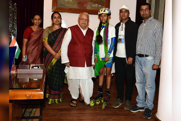 Student Getting Award from Governer of Rajasthan