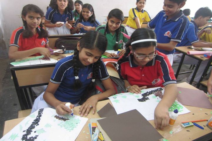 Dalmia Vidya Mandir-Art and Craft