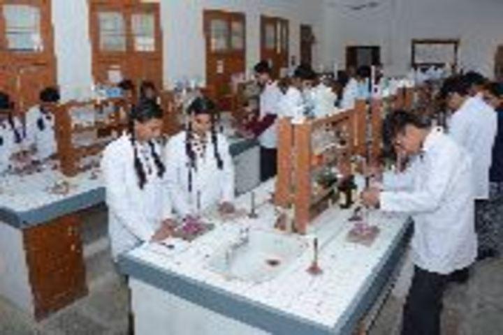 Dalmia Vidya Mandir-Lab