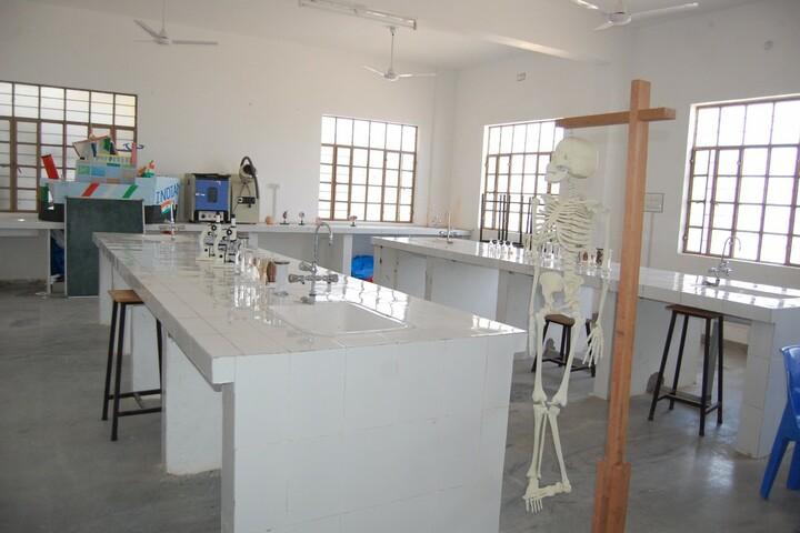 Deeksha International School-Biology Lab