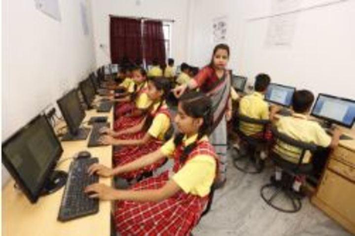 Deeksha International School-Computer Lab